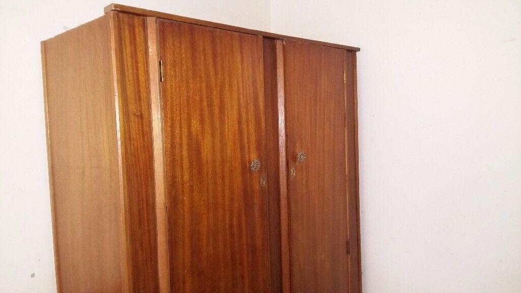 Waredrobe/cupboard