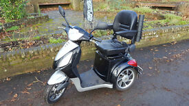 NEW BATTERIES Modern Mobility Scooter Good Condition and Looks
