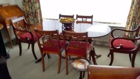 Twin pedestal extending table with 6 chairs. Excellent condition