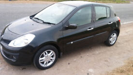NICE 2009 RENAULT CLIO EXPRESSION LONG MOT FEB 19 . ONLY 93K'' THIS CAR IS IN GREAT CONDITION