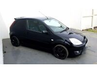 2005 │ Ford Fiesta ST │ 2.0 Petrol │ Black │ Upgraded Alloys │ Leather │ 1 Year MOT