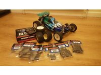 Duratrax 2WD 1/10 scale rc buggy with brushless setup