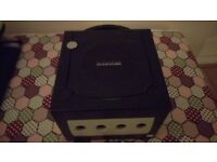 Nintendo Gamecube + 2 controllers + 1 game