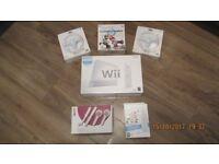 Nintendo Wii with 14 games, 2 controllers, Nunchuck, Skylanders, Wii Draw, 3 mario wheels