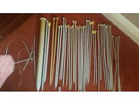 Assortment of knitting needles. hand knittnig.