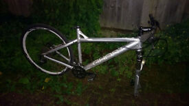OFFER TODAY Ghost SE4000 Hardtail with Great Condition frame, hydraulic brakes and gear shifting