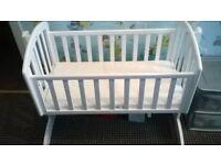 obaby swinging crib