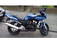 Yamaha FZS600 under 13000miles motorbike