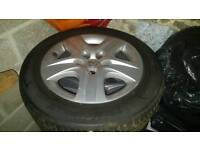 Vauxhall insignia/ zafira 17 inch steel wheels with tyres and covers
