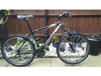 Men's giant boulder mountain bike