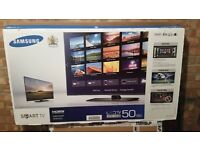 """Samsung 50"""" Full HD 1080p LED Smart TV + Samsung Blue Ray/DVD Player + Glass Entertainment Stand"""