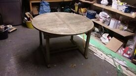 Wooden garden table , good condition, 120cm diameter, 180cm extended