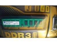 2 x 4GB DDR3-1600 Integral RAM