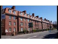 3 bedroom flat in Hotwell Road, Bristol, BS8 (3 bed)