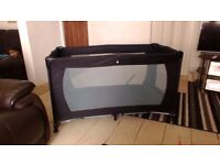 Travel cot as new