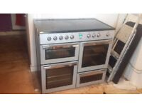 Flavel oven,5 hobs and a warming plate