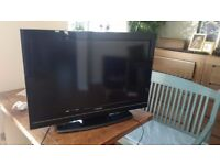 Toshiba 32BV700B 32-inch Widescreen 1080p Full HD LCD TV with Freeview HD