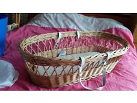 mosses basket with stand whicker
