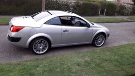 I have a lovely Renault megane 16 cc convertible for sale.
