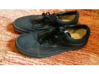 Vans off the Wall Size 7.5 Black