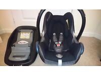 Maxi-Cosi Cabriofix Car Seat with Familyfix isofix base £110