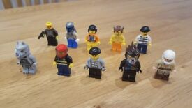 Lego mini figures 10 mixed figures