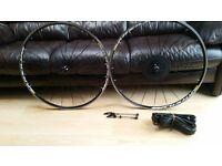 Mavic Aksium One wheelset Aksion tyres shimano 11 speed hub vgc