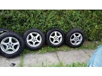 VW golf Alloys and tyres good condition