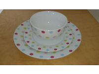 Tutti Fruity Dinner Set for Sale