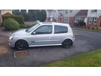 RENAULT CLIO 2004 *MINT CONDITION*