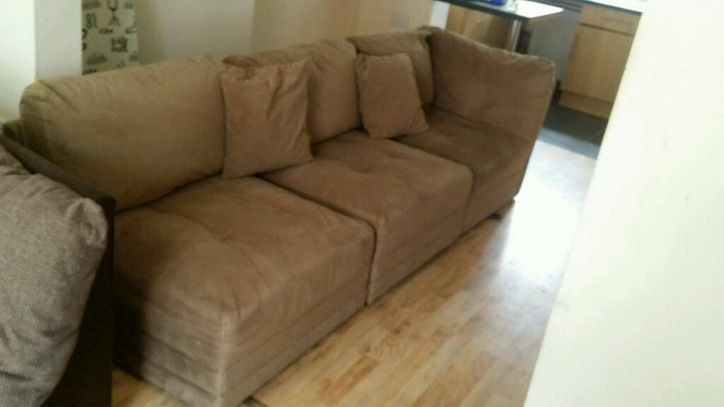 Large 3 seat sofaFaux suede overall good condition very comfyin Wavertree, MerseysideGumtree - Large three seater velvet suede faux sofa . Overall good condition . And very comfortable Collect only