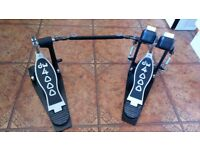 DW400 double bass drum pedal for sale