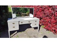 Dressing Table Restored in Shabby Chic Style