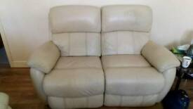 Cream Leather 2 x seater recliner settee 1 chair & 1 remote control recliner chair