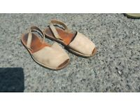 Menorcan slip- on shoes brown .size 5 or 38