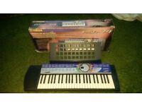 Yamaha Electronic Keyboard - PSR74 good codition and fully working