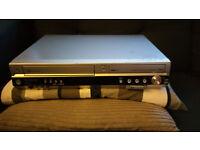 PANASONIC DMR-EZ45 VCR-DVD copier