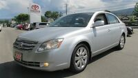 2005 Toyota Avalon XLS W/ Heated Leather