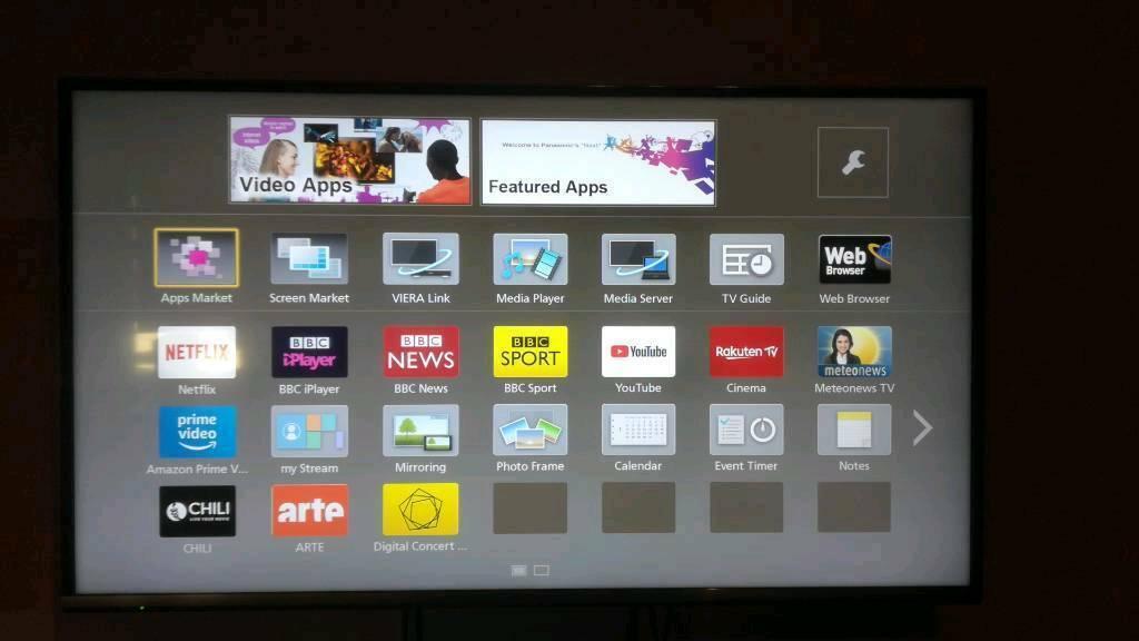 Panasonic Viera 43 Smart TV | in Swindon, Wiltshire | Gumtree
