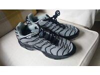 Nike Air TM Air Max Sport Shoes size 7-8uk £40
