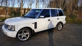 ***stunning white automatic Range Rover vouge 3.0 diesel