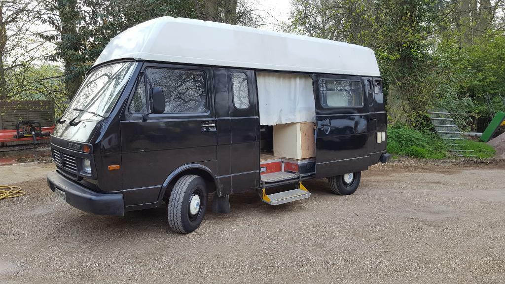 Volkswagon Vw Lt35 Camper Van In Dunstable Bedfordshire