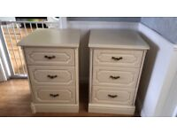 3 draw chest of draws & 4 draw cabinet