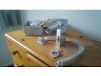 Bathroom basin tap mixer