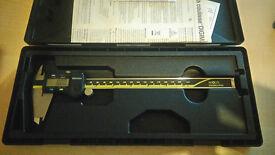 mitutoyo 200mm digital calipers, 500-172-20