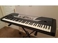 Yamaha PSR-6X76keyboard excellent condition and working order with black stand