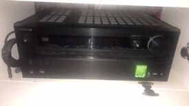 Onkyo TX-NR717 Dolby True HD Cinema package