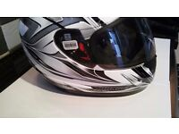 Motorcycle helmet xl