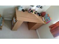Brand new desk for sale without damage!