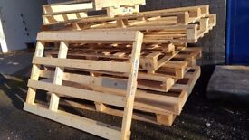 PALLETS ASSORTED SIZES